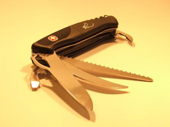 охотничий складной нож Wenger New Ranger 57