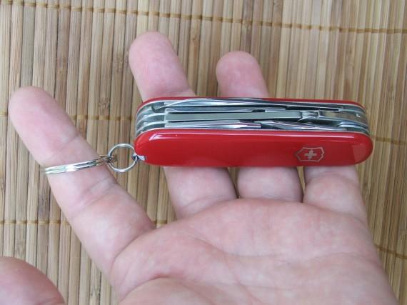 нож Victorinox Deluxe Tinker